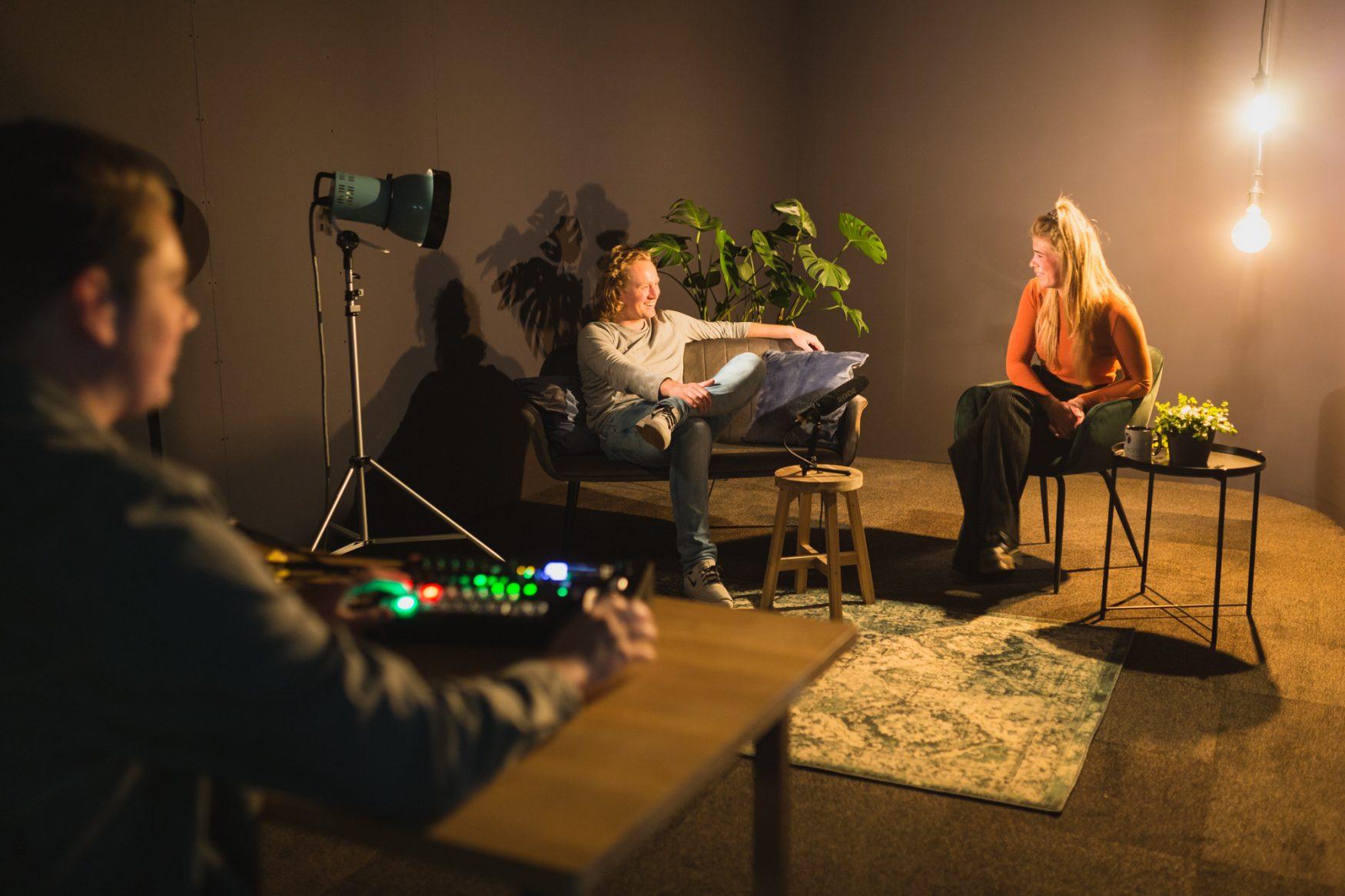 Podcast opnemen in Studio Diepzeekonijn Groningen